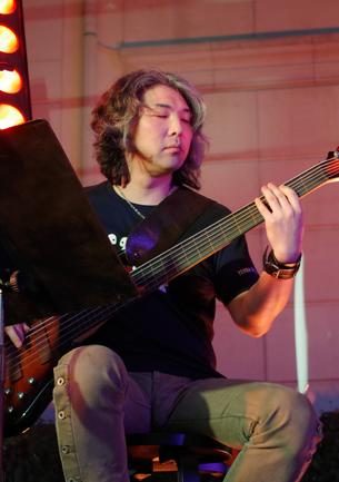 Yoshitaka Hirota
