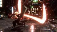 Final Fantasy VII Ever Crisis Cloud setzt Kreuzschlag ein