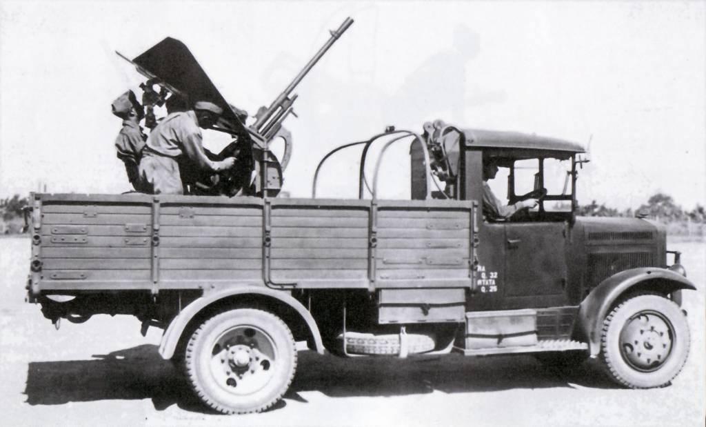 Autocannone da 20/65 su Fiat-SPA 38R