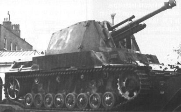 10,5cm leFH 18/40/2 auf Geschützwagen III/IV