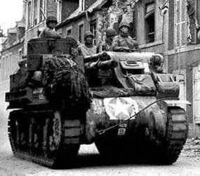 105mm Howitzer Motor Carriage, M7