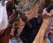 Crocosaurus clothes pins - 1994 film