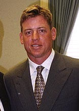Aikman visits Hall, cropped.jpg