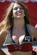 Tampa-bay-cheerleaders-728
