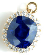 Sapphire-pendant
