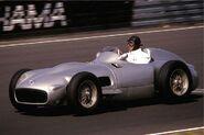 Mercedes W 196 mit 3-l-Motor (Fangio) 1986-08-16