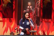 Fort-boyard-2020-officielle-equipe01-06-Clémence Botino-Willy-WillyMix
