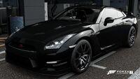 FM7 Nissan GT-R 12 Front