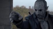 TG-Caps-1x13-X-roads-40-Pedro-fear-projection