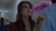 TG-Caps-1x09-outfoX-126-Dreamer-memory-manipulation-pink-smoke