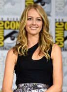 SDCC Comic Con 2017 - Amy Acker at panel (2)