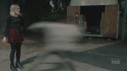 TG-Caps-1x08-threat-of-eXtinction-31-Esme-Chloe-super-speed