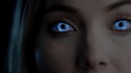TG-Caps-1x10-eXploited-133-Esme-telepathy-blue-eyes