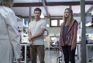 TG-Promo-2x08-the-dreaM-14-Reed-Caitlin