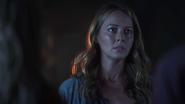 TG-Caps-1x03-eXodus-30-Caitlin