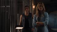 TG-Caps-1x06-got-your-siX-84-Thunderbird-Caitlin