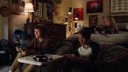 TG-Caps-1x03-eXodus-73-Andy-Scott-Lauren