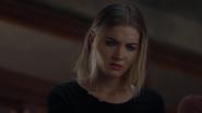 TG-Caps-1x08-threat-of-eXtinction-149-Esme-telepathy-blue-eyes