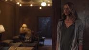 TG-Caps-1x03-eXodus-21-Caitlin
