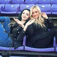 BTS 1x06 got your siX Emma Dumont and Natalie Alyn Lind