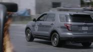 TG-Caps-1x04-eXit-strategy-114-Sentinel-services-car