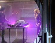 TG-Promo-1x02-rX-05-Thunderbird-Blink-Lauren