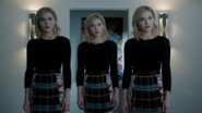 TG-Caps-2x02-unMoored-103-Esme-Sophie-Phoebe-Frost-Sisters