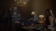 TG-Caps-1x04-eXit-strategy-20-Caitlin-Andy-Lauren