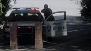 TG-Caps-1x05-boXed-in-92-Atlanta-police