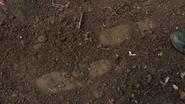 TG-Caps-1x03-eXodus-38-Footprints-tracking