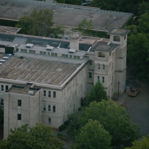 TG-Caps-1x02-rX-103-Mutant-underground-headquarters.png