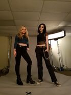 BTS 1x01 Exposed (Pilot) Natalie Alyn Lind and Emma Dumont