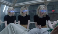 TG-Promo-2x01-eMergence-15-Esme-Sophie-Phoebe-Frost-Sisters
