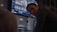 TG-Caps-1x05-boXed-in-30-Thunderbird