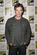 San-Diego-Comic-Con-2018-04-Stephen-Moyer