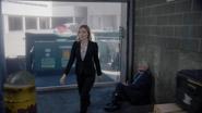 TG-Caps-1x12-eXtraction-89-Sophie-Phoebe-telepathy-blue-eyes
