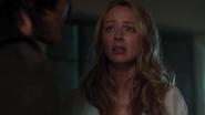 TG-Caps-1x02-rX-13-Caitlin