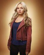 S2-Promotional-Photo-Lauren-02