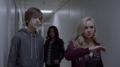 TG-Caps-1x09-outfoX-128-Andy-Lauren-Blink