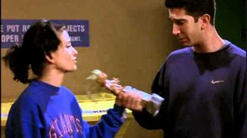 "Courteney Cox and David Schwimmer Friends ""TOW The Football"" Deleted Scene"