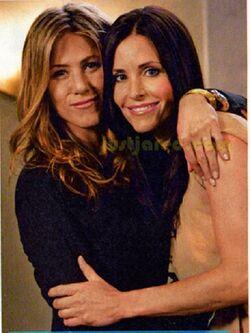 Friends-Rachel & Monica 2.jpg
