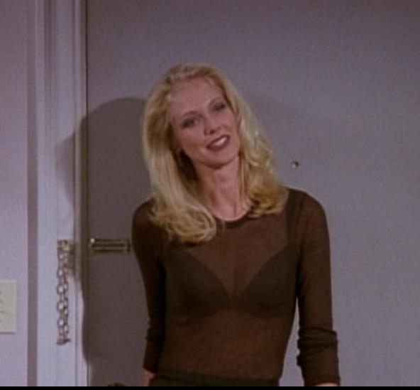 Amanda (Ross' date)