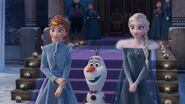 Anna , Olaff , Elsa-0