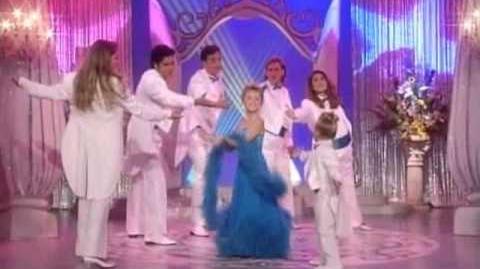She's_Dancing,_She's_Stephanie_Tanner_Full_House