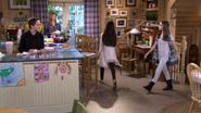 Fuller House S01E09 Screenshot 003