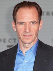 Ralph Fiennes.png