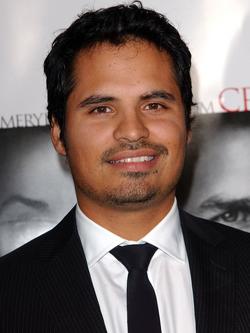 Michael Peña.png