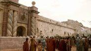Porte-du -Dragon (1x03)