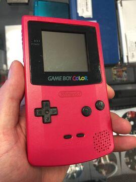 Nintendo-gameboy-color-cgb-001-berry-pink-handheld.jpg