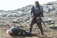410 Sandor vs Brienne 01
